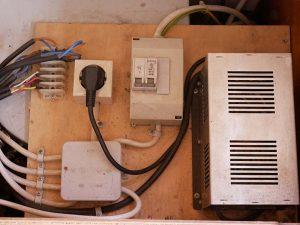 Motorhome power supply